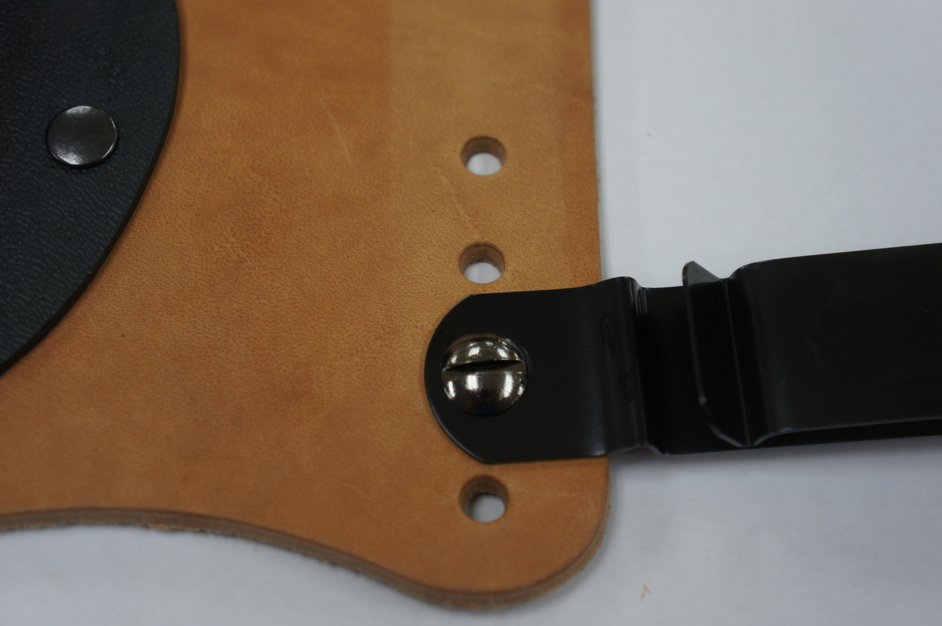 adjustale holster, IWB holsters, best holster, holsters for sale, tuckable holsters, premium leather holster